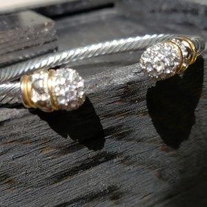 Crystal end twist bangle bracelet